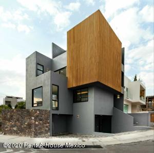 Casa En Ventaen El Marques, Zibata, Mexico, MX RAH: 20-2675