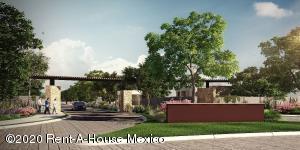 Terreno En Ventaen Pachuca De Soto, El Portezuelo, Mexico, MX RAH: 20-2699