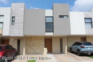 Casa En Ventaen Queretaro, El Refugio, Mexico, MX RAH: 20-2713