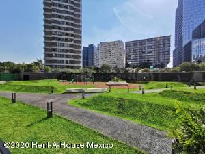 Departamento En Rentaen Miguel Hidalgo, Anahuac, Mexico, MX RAH: 20-2611