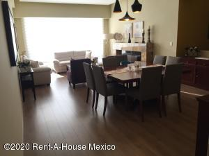 Departamento En Ventaen Huixquilucan, Villa Florence, Mexico, MX RAH: 20-2732