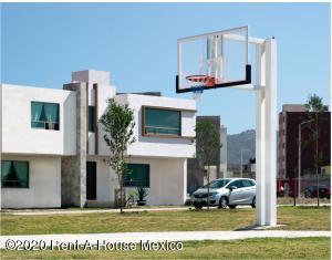 Casa En Ventaen Pachuca De Soto, Ampliacion El Palmar, Mexico, MX RAH: 20-2805