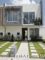 Casa En Ventaen San Mateo Atenco, San Francisco, Mexico, MX RAH: 20-2733