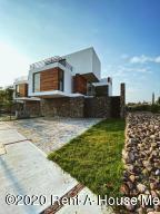 Casa En Ventaen Corregidora, Canadas Del Arroyo, Mexico, MX RAH: 20-2750