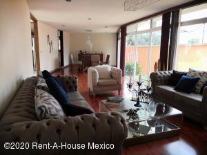 Casa En Rentaen Naucalpan De Juarez, Ciudad Satelite, Mexico, MX RAH: 20-2783