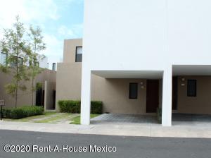 Casa En Rentaen El Marques, Zibata, Mexico, MX RAH: 20-2800