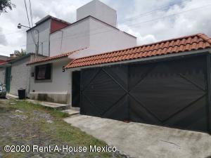 Departamento En Rentaen Naucalpan De Juarez, Lomas De Tecamachalco, Mexico, MX RAH: 20-2838