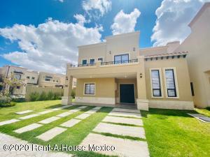 Casa En Ventaen Pachuca De Soto, Zona Plateada, Mexico, MX RAH: 20-2858