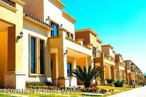Casa En Ventaen Pachuca De Soto, Zona Plateada, Mexico, MX RAH: 20-2859