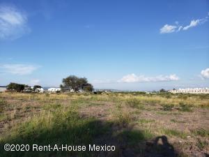 Terreno En Ventaen Queretaro, Jurica, Mexico, MX RAH: 20-2923