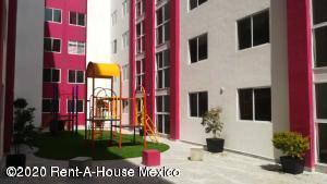 Departamento En Rentaen Alvaro Obregón, Carola, Mexico, MX RAH: 20-2936