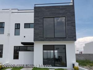Casa En Ventaen Queretaro, El Mirador, Mexico, MX RAH: 20-2964