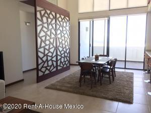 Departamento En Ventaen El Marques, Zibata, Mexico, MX RAH: 20-2994