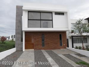Casa En Ventaen Queretaro, San Isidro Juriquilla, Mexico, MX RAH: 20-3022