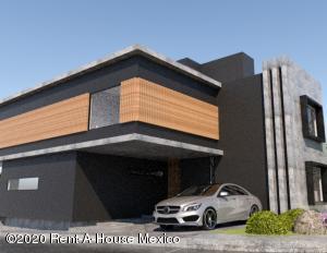 Casa En Ventaen El Marques, Zibata, Mexico, MX RAH: 20-3026
