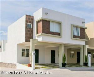 Casa En Ventaen Queretaro, Ciudad Del Sol, Mexico, MX RAH: 20-3032