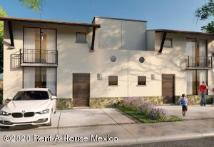 Casa En Ventaen El Marques, Zibata, Mexico, MX RAH: 20-3063