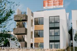 Departamento En Rentaen El Marques, Zibata, Mexico, MX RAH: 20-3072