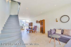 Casa En Ventaen Cuajimalpa De Morelos, Cuajimalpa, Mexico, MX RAH: 20-3109