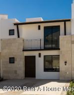 Casa En Ventaen Queretaro, Jurica, Mexico, MX RAH: 20-3086