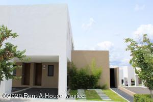 Casa En Rentaen El Marques, Zibata, Mexico, MX RAH: 20-3190