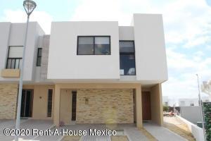 Casa En Rentaen Queretaro, El Refugio, Mexico, MX RAH: 20-3324