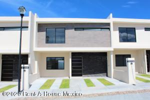 Casa En Ventaen Queretaro, El Refugio, Mexico, MX RAH: 20-3370