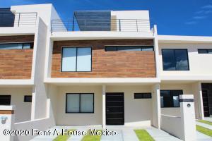 Casa En Ventaen Queretaro, El Refugio, Mexico, MX RAH: 20-3372