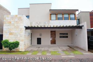Casa En Ventaen Queretaro, Jurica, Mexico, MX RAH: 20-3386