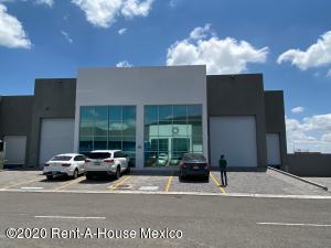 Nave Industrial En Rentaen El Marques, Parque Industrial Bernardo Quintana, Mexico, MX RAH: 20-3397