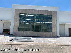 Nave Industrial En Rentaen El Marques, Colorado, Mexico, MX RAH: 20-3402