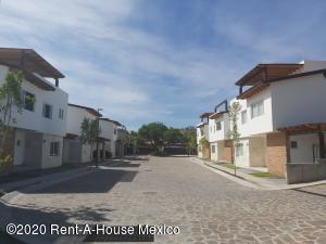 Casa En Ventaen Corregidora, Balvanera Polo Y Country Club, Mexico, MX RAH: 20-3452