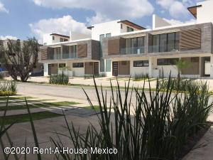Casa En Ventaen Corregidora, El Condado, Mexico, MX RAH: 20-3535