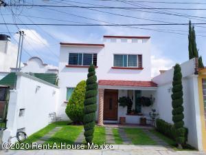 Casa En Ventaen Pachuca De Soto, Bosques Del Penar, Mexico, MX RAH: 20-3605