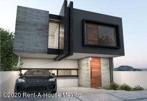 Casa En Ventaen El Marques, Zibata, Mexico, MX RAH: 20-3638