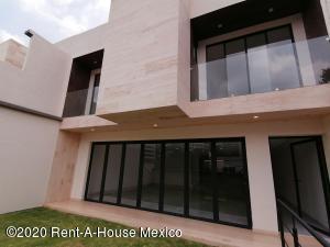 Casa En Ventaen Naucalpan De Juarez, Lomas De Tecamachalco, Mexico, MX RAH: 20-3650