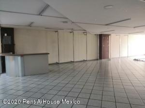 Local Comercial En Rentaen Cuauhtémoc, Centro, Mexico, MX RAH: 20-3669
