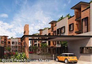 Departamento En Ventaen Queretaro, Jurica, Mexico, MX RAH: 20-3689
