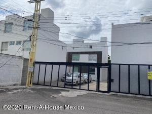 Casa En Rentaen Queretaro, 5 De Febrero, Mexico, MX RAH: 20-3749