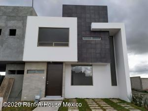Casa En Rentaen Pachuca De Soto, San Antonio, Mexico, MX RAH: 20-3755