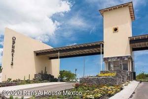 Terreno En Ventaen El Marques, Zibata, Mexico, MX RAH: 20-3761