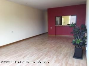 Departamento En Rentaen Naucalpan De Juarez, Lomas Del Rio, Mexico, MX RAH: 20-3272