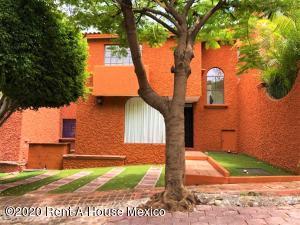 Casa En Rentaen Queretaro, Centro Sur, Mexico, MX RAH: 20-3782