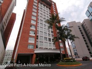 Departamento En Ventaen Huixquilucan, Hacienda De Las Palmas, Mexico, MX RAH: 20-3788