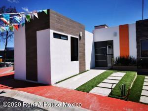 Casa En Ventaen Tizayuca, El Carmen, Mexico, MX RAH: 20-3820