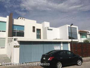 Casa En Rentaen Queretaro, Milenio 3Era Seccion, Mexico, MX RAH: 21-14