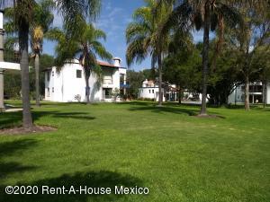 Casa En Rentaen Corregidora, Balvanera Polo Y Country Club, Mexico, MX RAH: 21-17