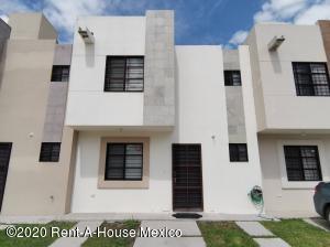 Casa En Ventaen El Marques, Rincones Del Marques, Mexico, MX RAH: 21-83