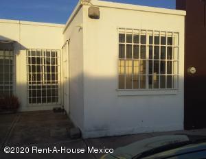 Casa En Rentaen Queretaro, Vinedos, Mexico, MX RAH: 21-90