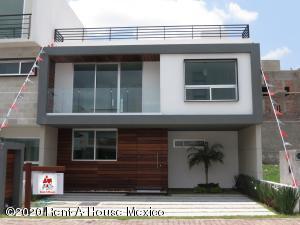 Casa En Ventaen Queretaro, El Refugio, Mexico, MX RAH: 21-115